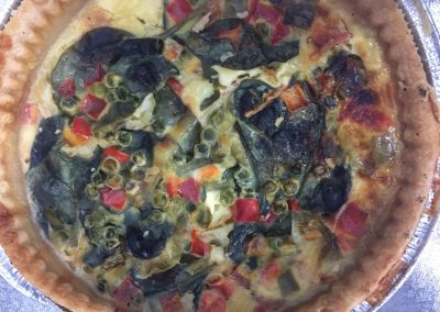 Large quiche flavours: spanish/ ham/ mushroom/ broccoli/ cheese & tomato
