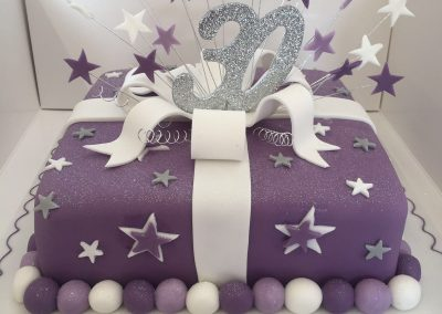 Purple Present and Stars Cake