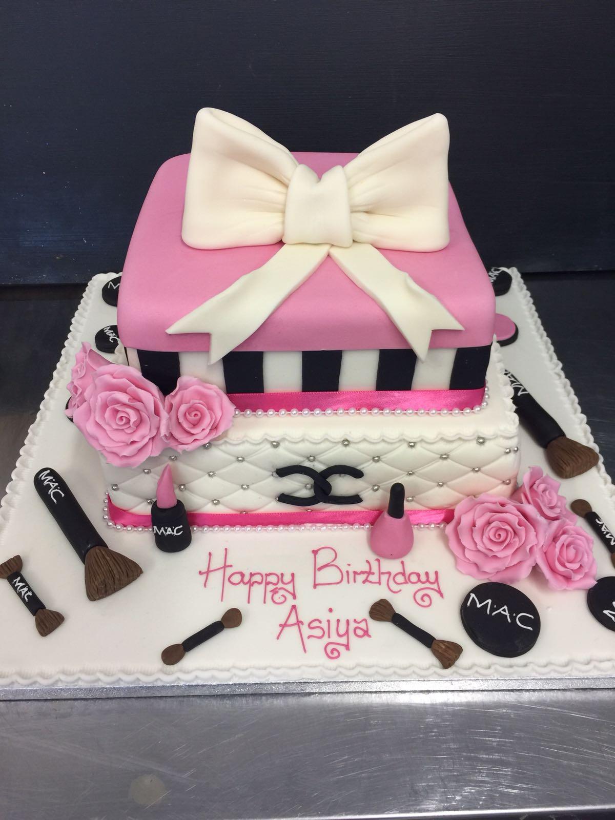 Designer Birthday Cake Peter Herd